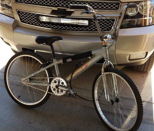 Intruder bikes Pro 24