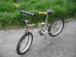 1975 Mongoose