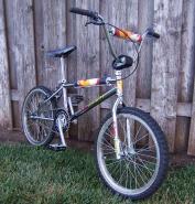 S&M Dirtbike