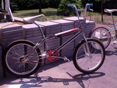 chrome_bikes_003__Medium_.jpg