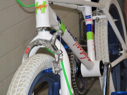 BMX008.jpg