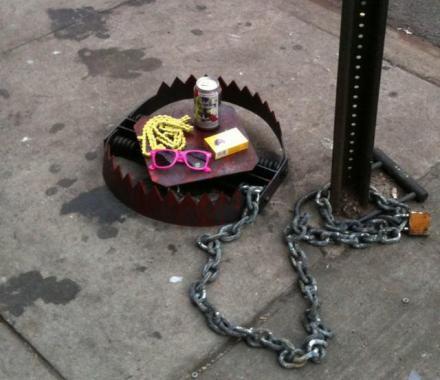 street_art_mars_30_hipster_trap.jpg