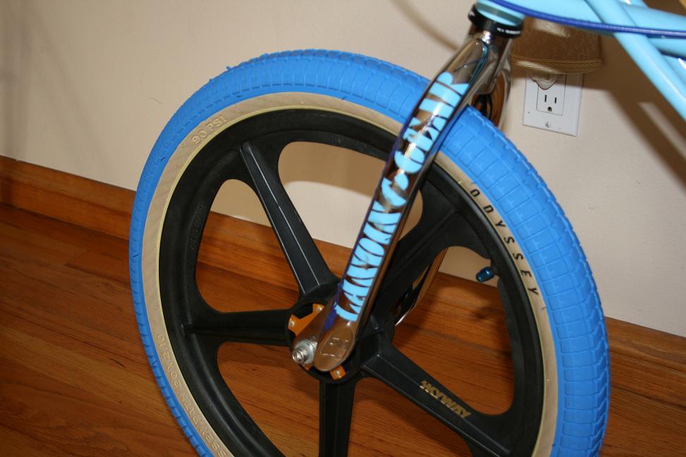 I got some new blue odyssey tires - Freestyle - BMX ...