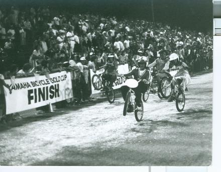 wheelie contest gold cup final Lund Left Scot back_resize.jpg