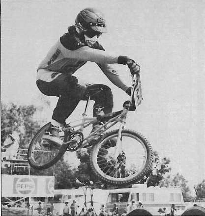 01-81_BMXracer_magazine_Rod.png