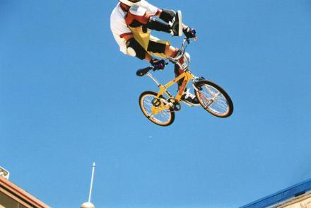 candy_bar_air_1998.jpg