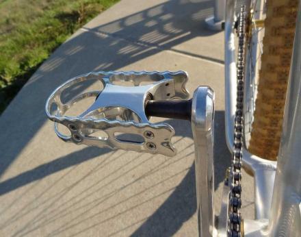 rt_pedal01.jpg